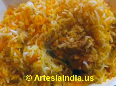 Dum Chicken Biryani image © ArtesiaIndia.us